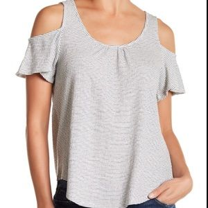 Lucky brand cold shoulder tee size S